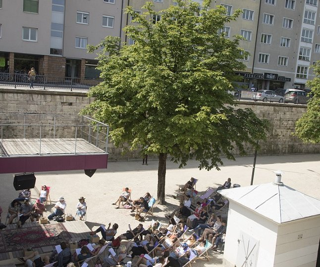 Public Viewing des Bachmannpreises im Lendhafen, Foto: Gerhard Maurer