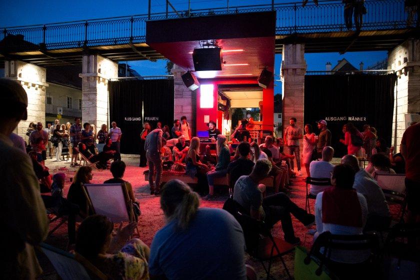 PGDJ Manfredolone und daTate Richie Klammer beim Hafenfest im Lendhafen